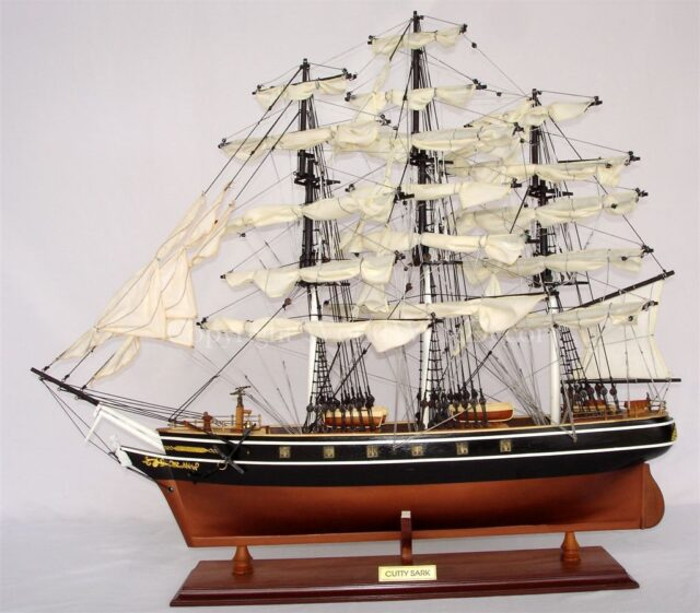 CUTTY SARK COPPER COLOR HULL