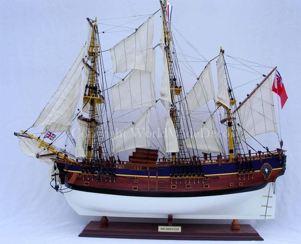 HM BARK ENDEAVOUR_PAINTED